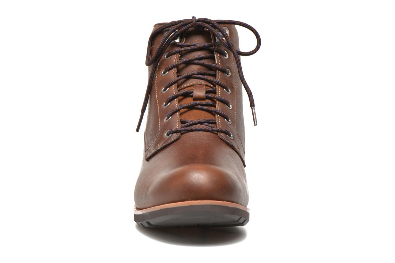Bottines et boots Clarks Padley Hi GTX Marron vue portées chaussures