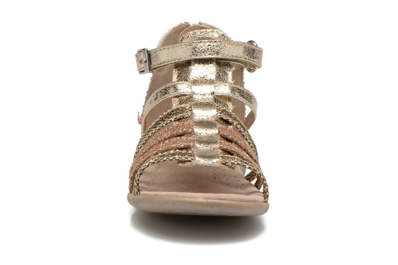 Sandales et nu-pieds NA! Anoa Or et bronze vue portées chaussures