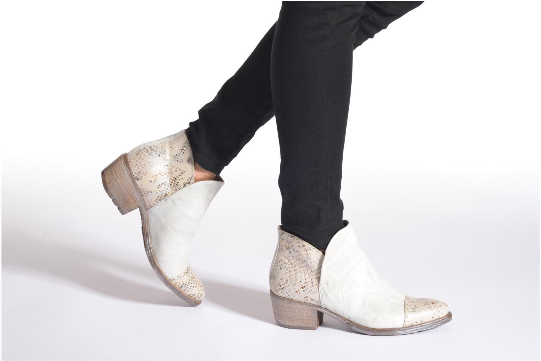 Bottines et boots Khrio Cucuta Or et bronze vue bas / vue portée sac