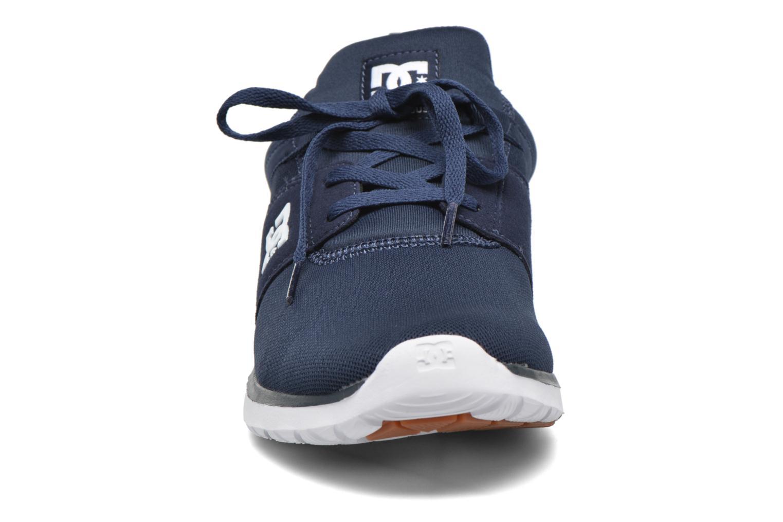 Deportivas DC Shoes Heathrow Azul vista del modelo
