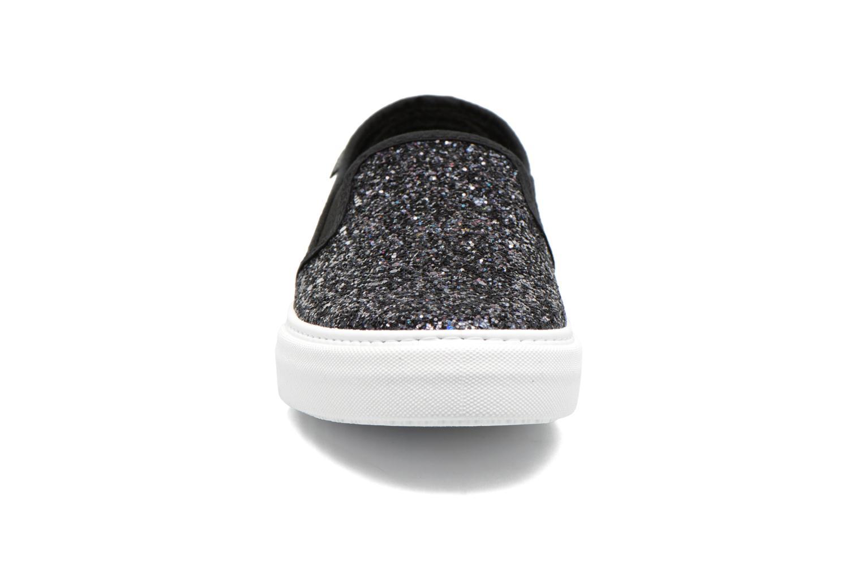Sneakers Victoria Slip On Glitter Nero modello indossato