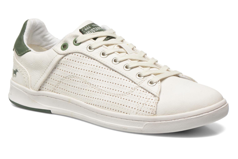 Baskets Mustang shoes Walala 2 Blanc vue détail/paire
