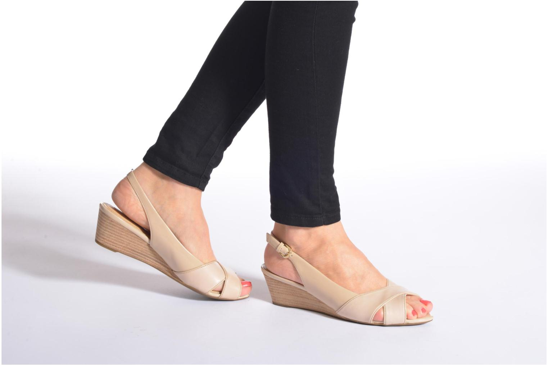 Sandales et nu-pieds Geox D FLORALIE B D62T4B Noir vue bas / vue portée sac