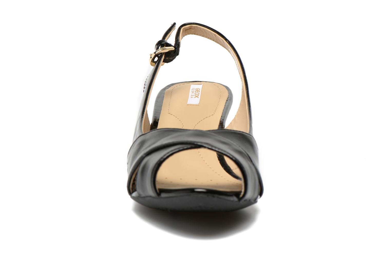 Sandales et nu-pieds Geox D FLORALIE B D62T4B Noir vue portées chaussures