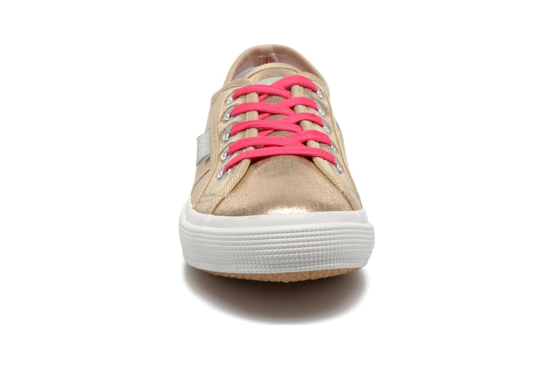 Baskets Refresh Allie 62058 Or et bronze vue portées chaussures