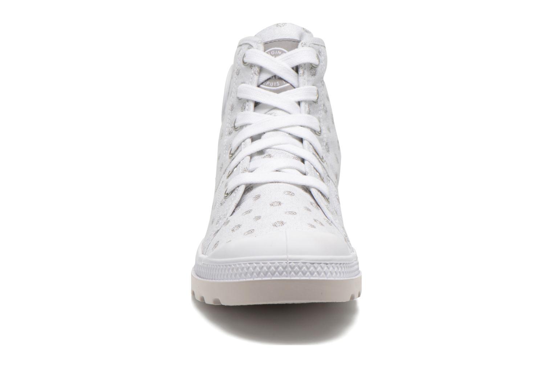 Baskets Palladium Pallabrouse Mid Blanc vue portées chaussures