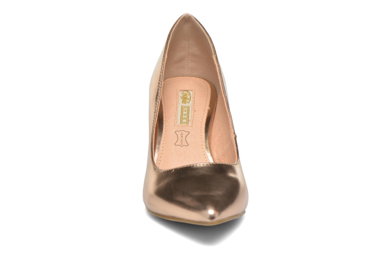 Escarpins Buffalo Lèv Rose vue portées chaussures