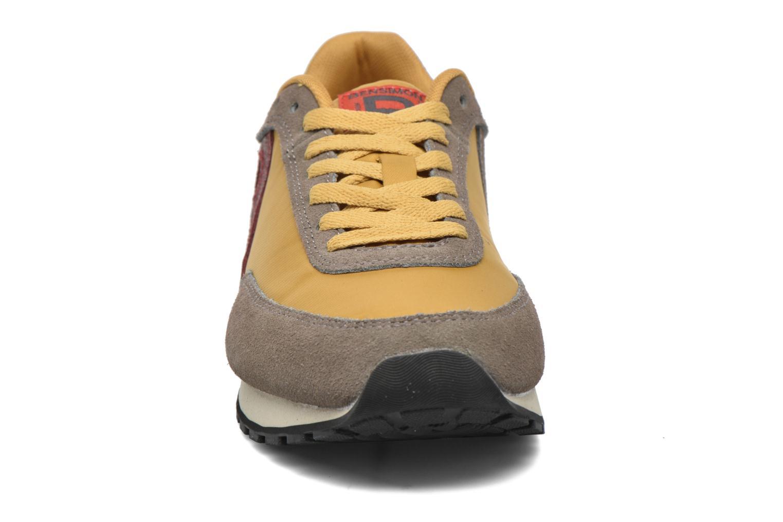 Baskets Bensimon Running Nylon Jaune vue portées chaussures