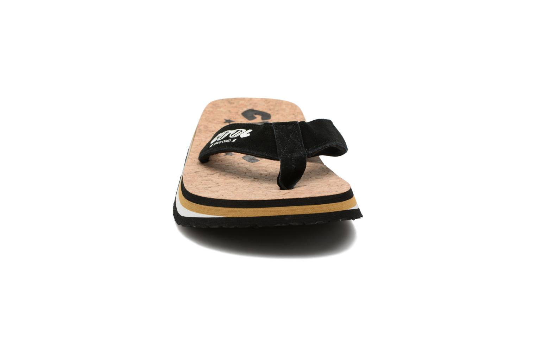 Tongs Cool Shoe Original Beige vue portées chaussures