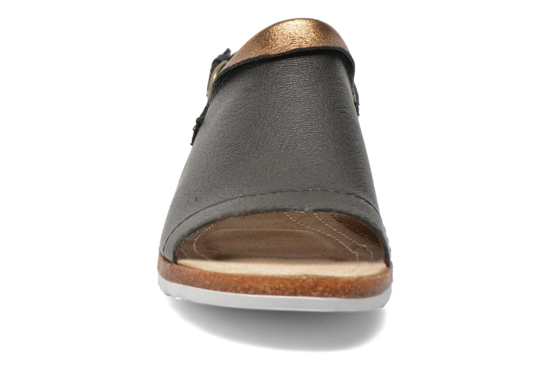 Sandales et nu-pieds Hush Puppies Nannette Jade Noir vue portées chaussures