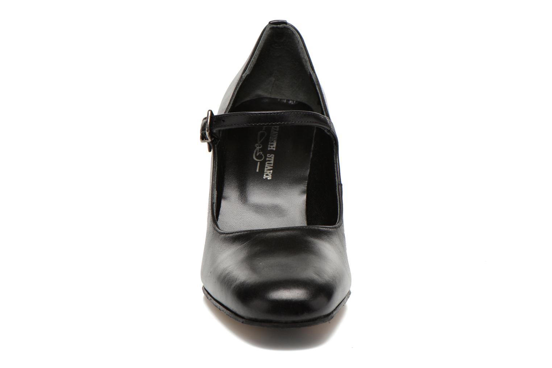 High heels Elizabeth Stuart Gix 304 Black model view