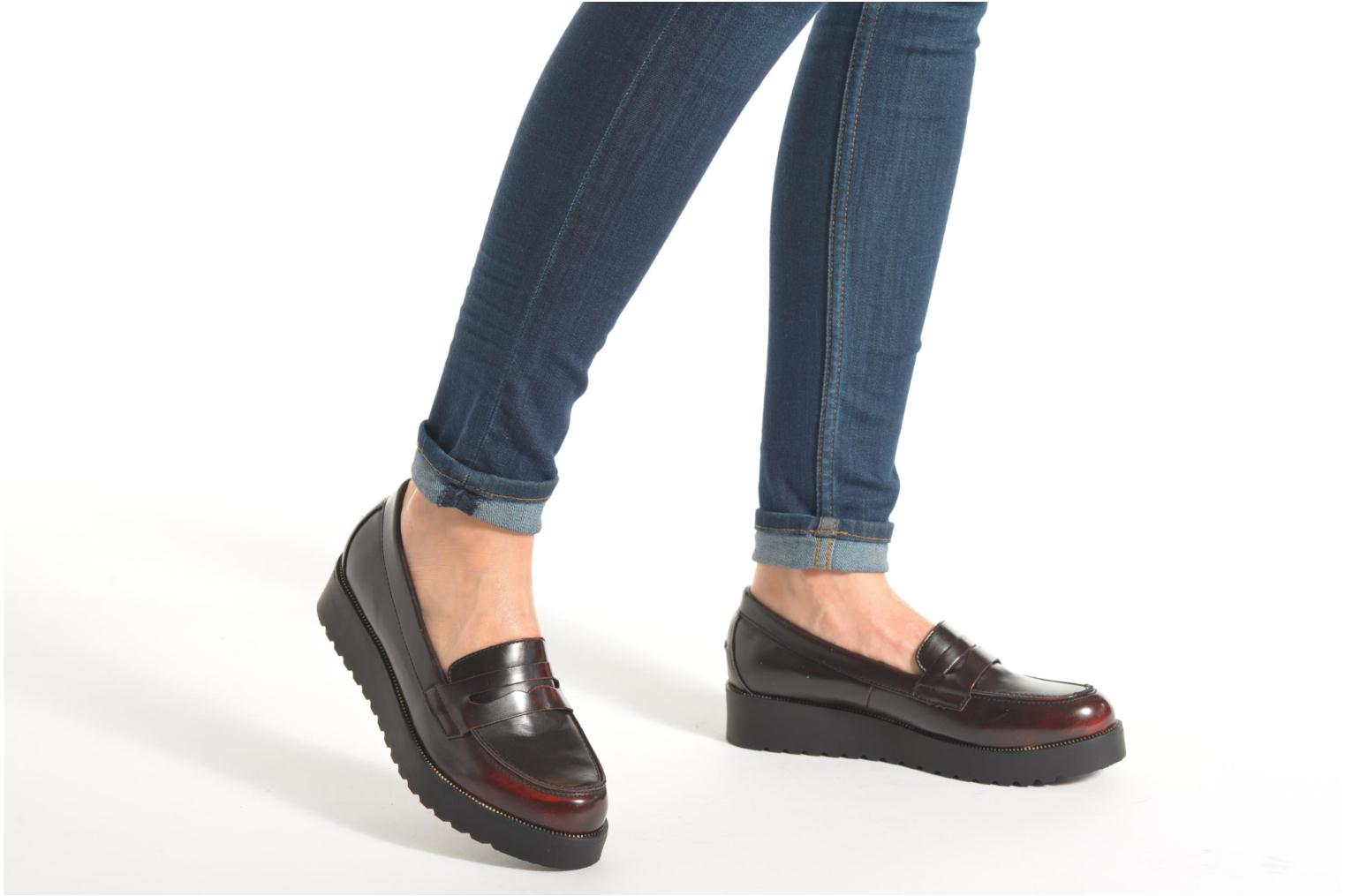Loafers I Love Shoes THEVIA Burgundy view from underneath / model view