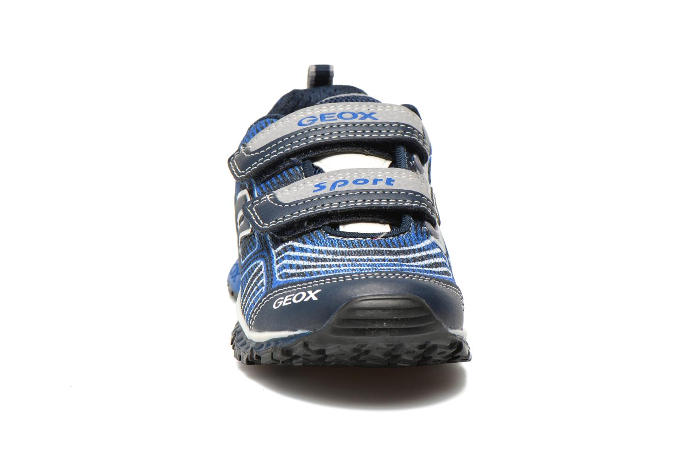 Sneakers Geox J Bernie B J6211B Azzurro modello indossato