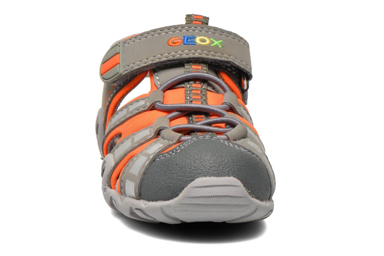 Sandales et nu-pieds Geox B Sandal Kraze B B6224B Gris vue portées chaussures