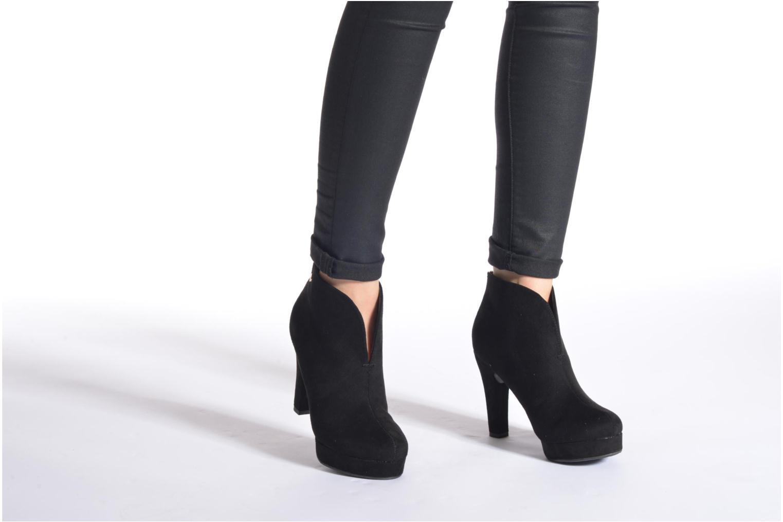 Stiefeletten & Boots Xti Hulopo schwarz ansicht von unten / tasche getragen