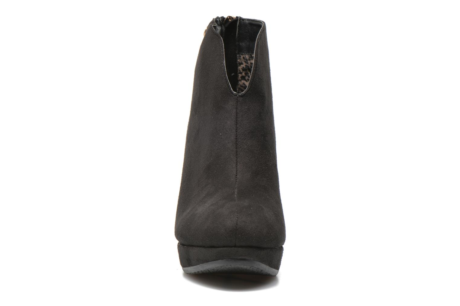 Ankle boots Xti Kinolo Black model view