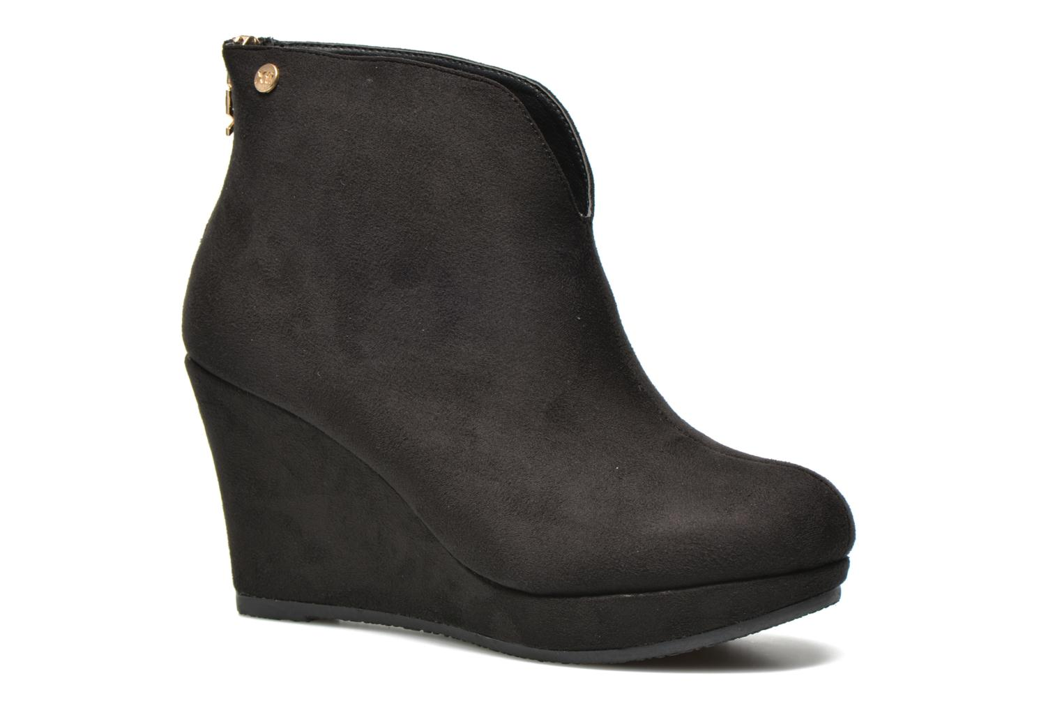 Ankle boots Xti Kinolo Black detailed view/ Pair view