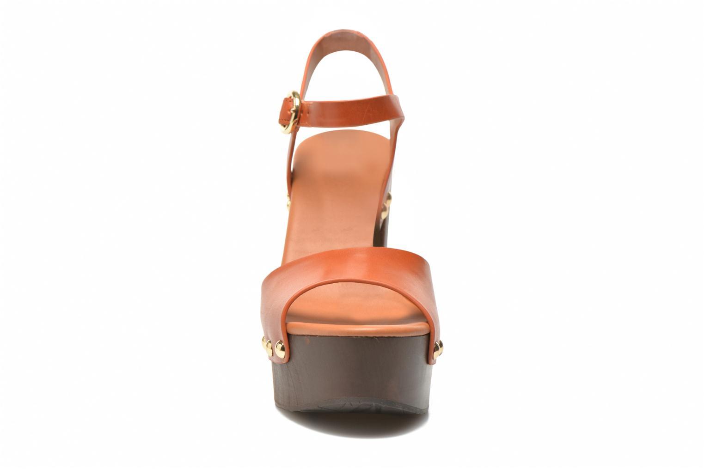 Sandalen What For Tima braun schuhe getragen