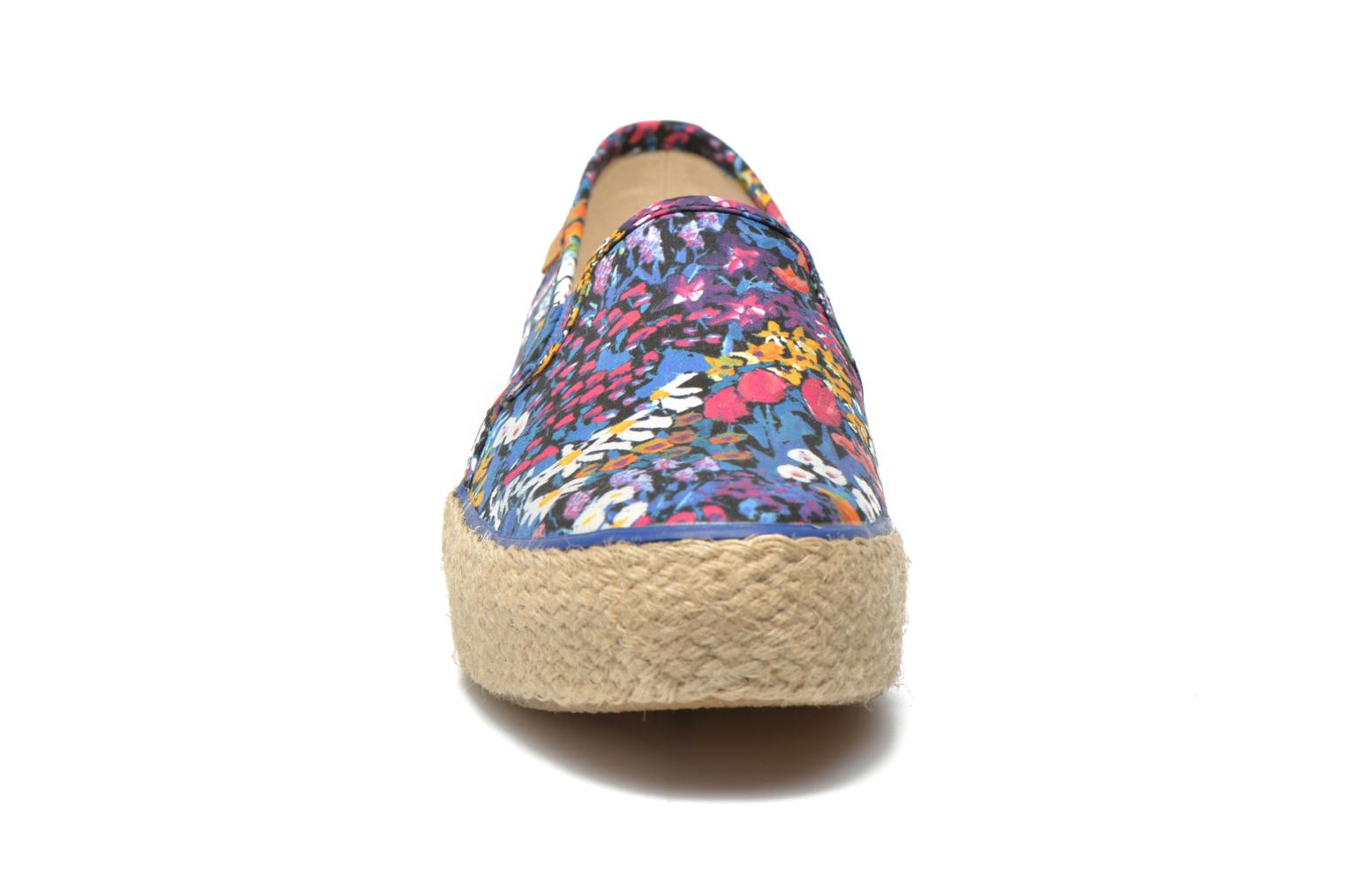 Sneakers Keds Triple Decker Liberty Floral Multicolore modello indossato