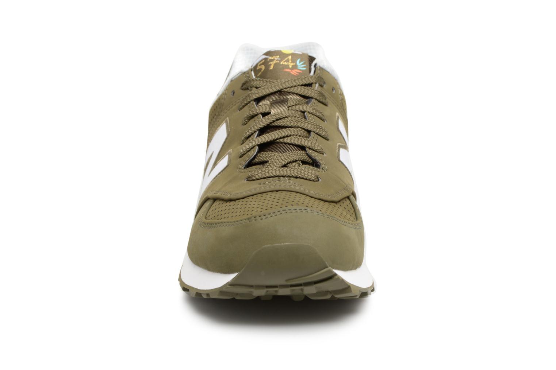 Sneaker New Balance ML574 D grün schuhe getragen