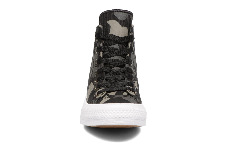 Sneaker Converse Chuck Taylor All Star II Hi W schwarz schuhe getragen