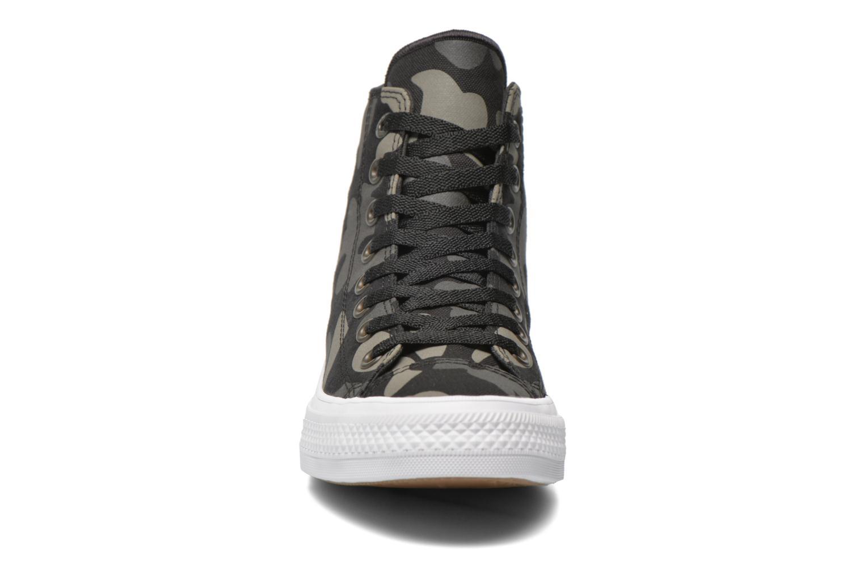 Baskets Converse Chuck Taylor All Star II Hi M Noir vue portées chaussures