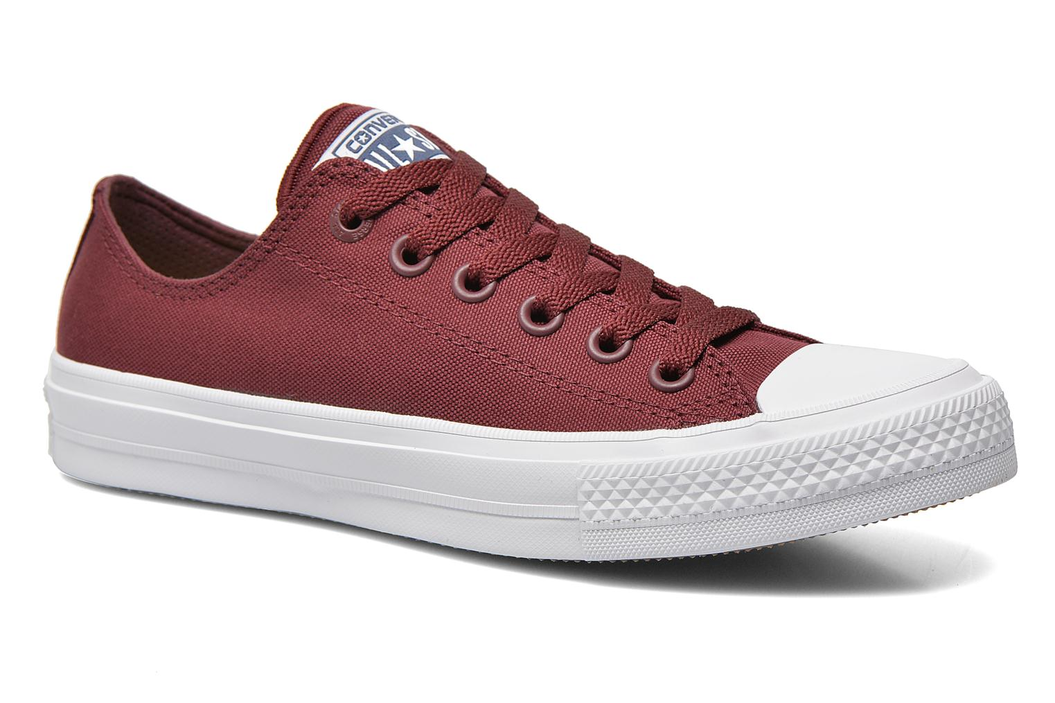Baskets Converse Chuck Taylor All Star II Ox M Bordeaux vue détail/paire