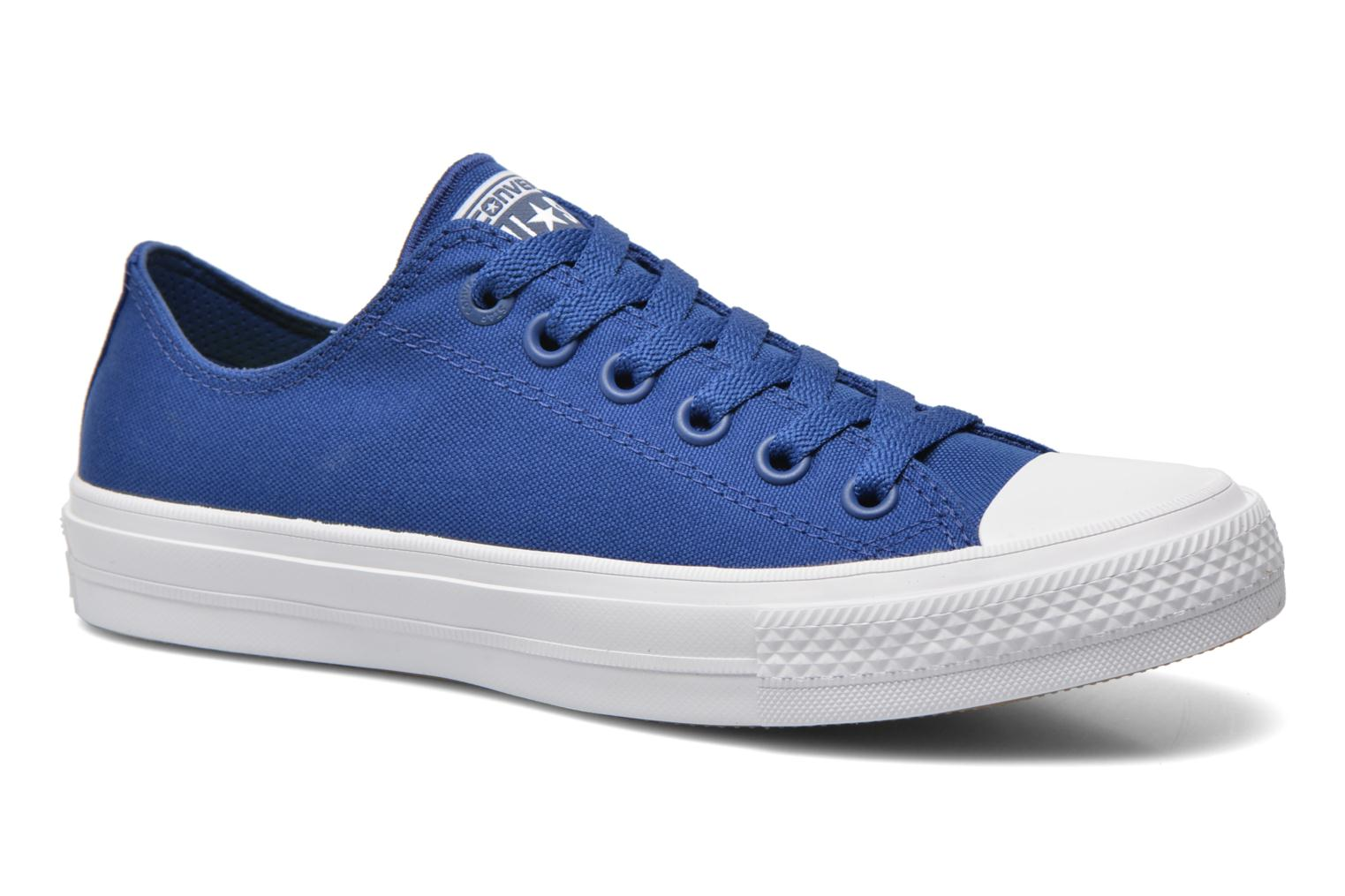 Baskets Converse Chuck Taylor All Star II Ox M Bleu vue détail/paire