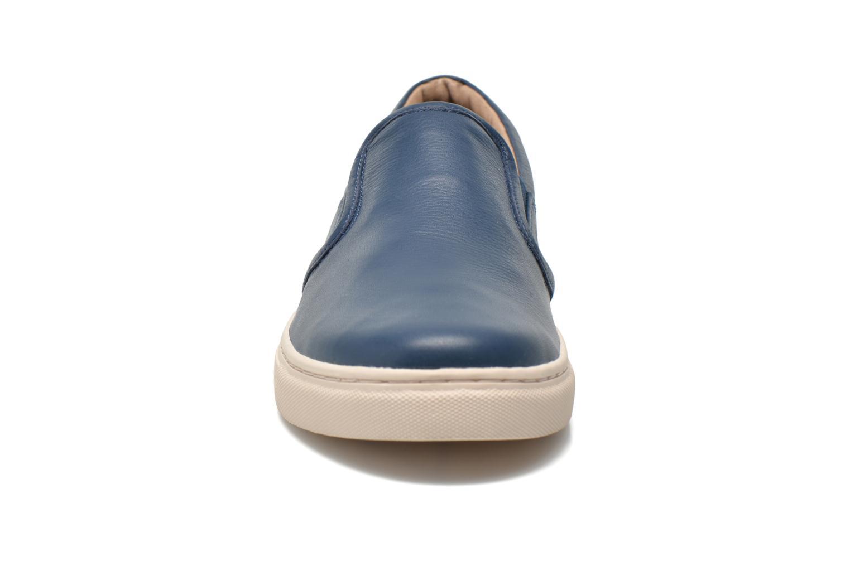 Baskets Skechers Gower 68509 Bleu vue portées chaussures
