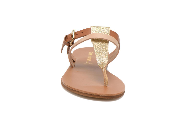 Tongs San Marina Degala Marron vue portées chaussures