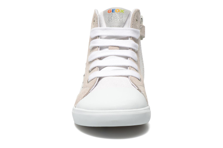 Sneakers Geox B Kiwi Girl B52D5F Bianco modello indossato