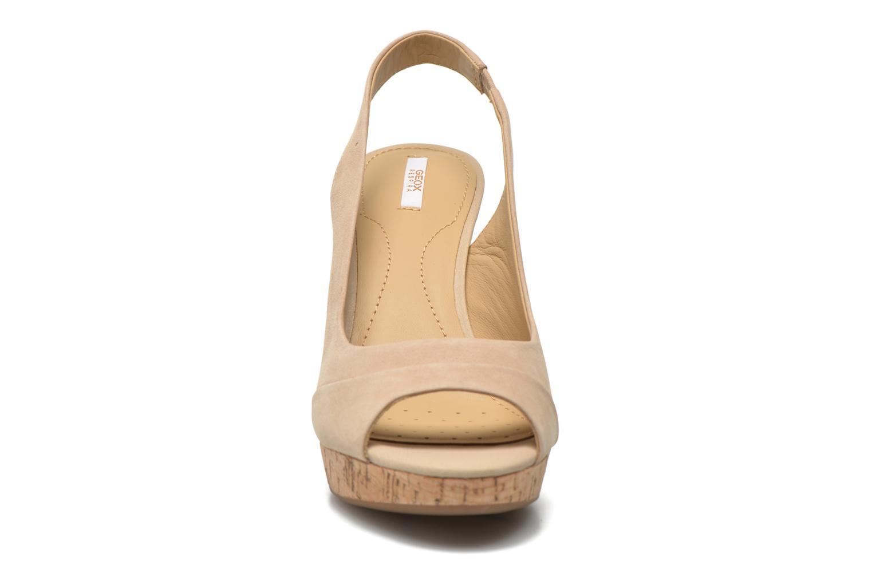 Sandalen Geox D Nurit D5271B beige schuhe getragen