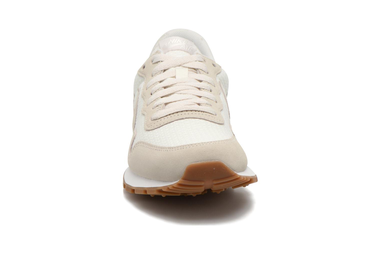 Baskets Nike W Nike Air Pegasus '83 Gris vue portées chaussures
