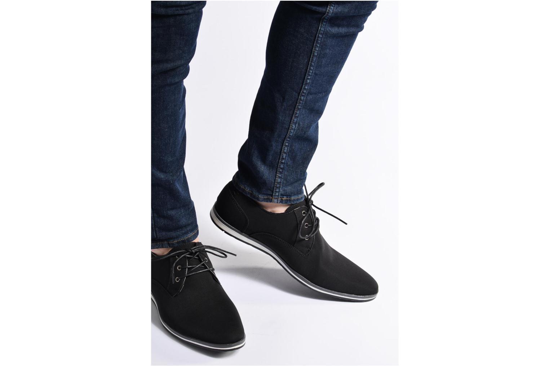 Chaussures à lacets I Love Shoes SUPERAS Noir vue bas / vue portée sac