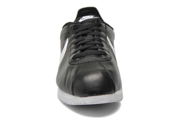 Sneaker Nike Classic Cortez Prem schwarz schuhe getragen