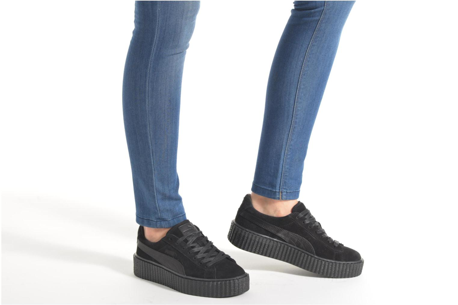 Trainers Puma WNS Suede Creepers Satin Black view from underneath / model view