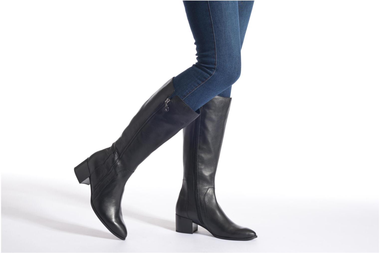 Stiefel Karston Hepic schwarz ansicht von unten / tasche getragen