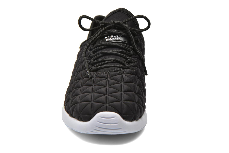 Sneakers Asfvlt Speed Socks W Nero modello indossato