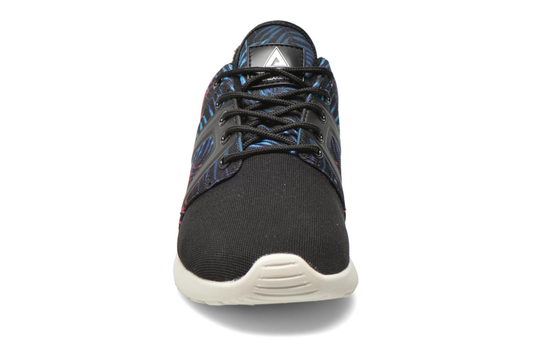 Baskets Asfvlt Super Tech Noir vue portées chaussures