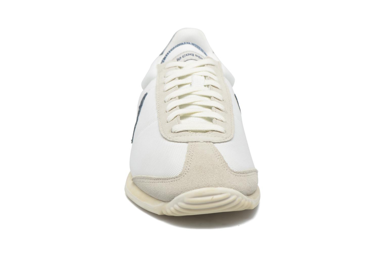 Baskets Le Coq Sportif Quartz Vintage Blanc vue portées chaussures