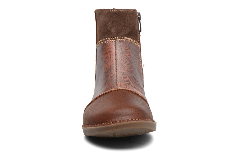 Bottines et boots Art Bergen 849 Marron vue portées chaussures
