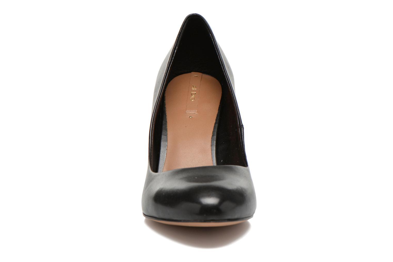 Janviere Black leather