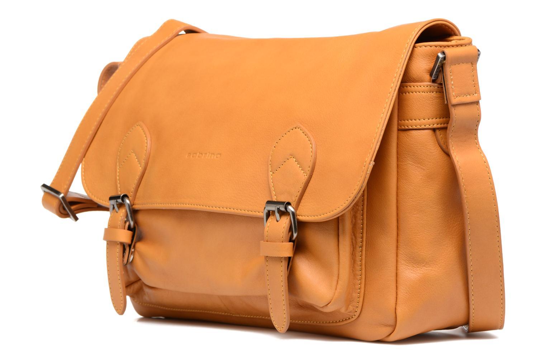 Handtaschen Sabrina Victoria gelb schuhe getragen