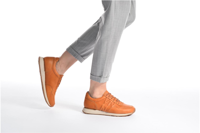 Sneaker El Naturalista Walky ND91 W braun ansicht von unten / tasche getragen