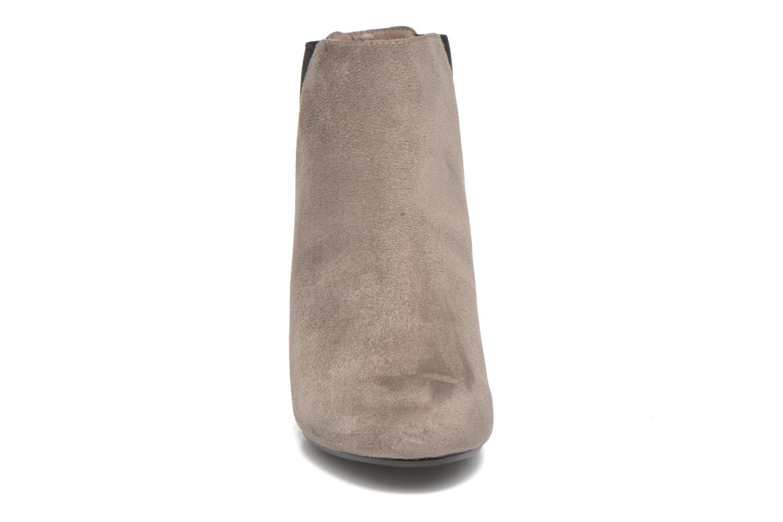 Stivaletti e tronchetti Blink Bbibian Grigio modello indossato