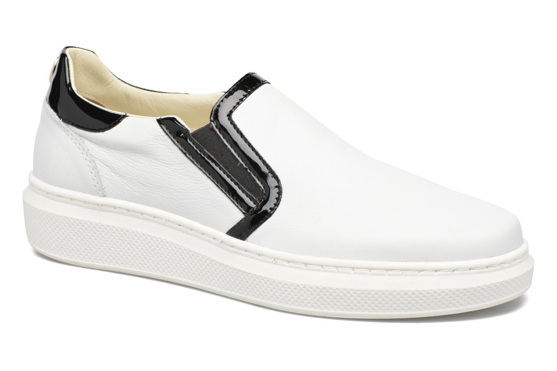 Sneaker Tommy Hilfiger GIGI SLIP ON SNEAKER weiß detaillierte ansicht/modell