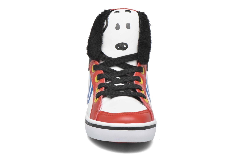 Sneaker Feiyue Delta Mid Peanuts weiß schuhe getragen