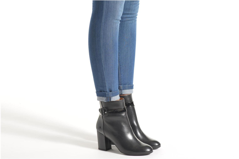 Bottines et boots Made by SARENZA Queens Cross #2 Noir vue bas / vue portée sac