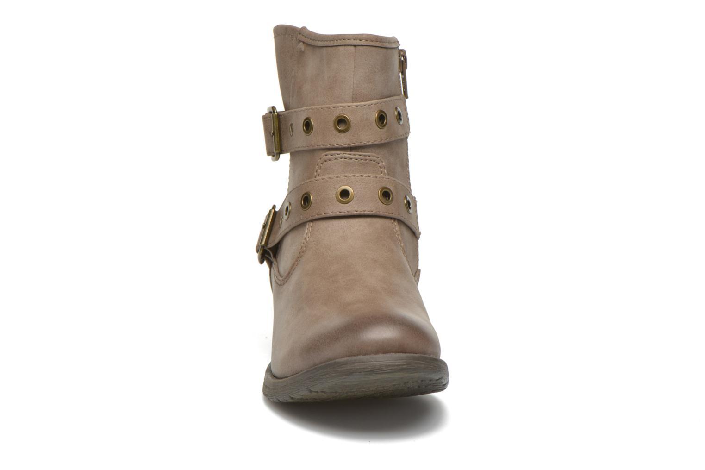Stivaletti e tronchetti Jana shoes Monarde Beige modello indossato