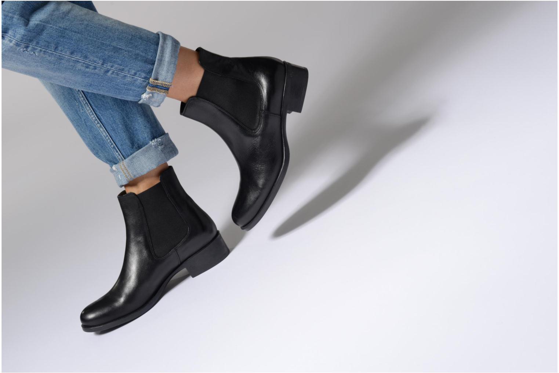 Bottines et boots Georgia Rose Abea Bordeaux vue bas / vue portée sac